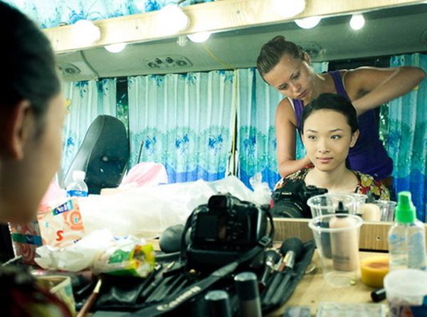 Cảnh quay nóng bỏng trên gác xép của Trương Hồ Phương Nga