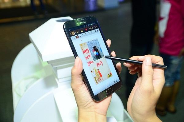 Góc phố Samsung Galaxy Note II