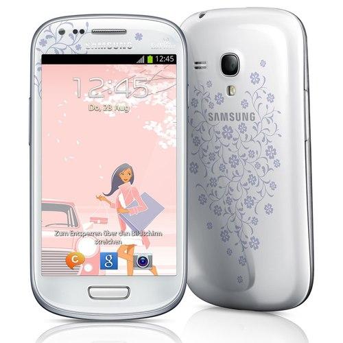 smartphone nữ