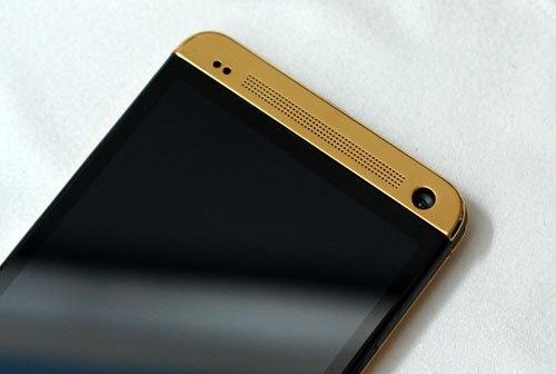 HTC One mạ vàng