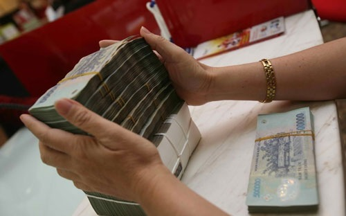 đánh thuế lãi tiền gửi