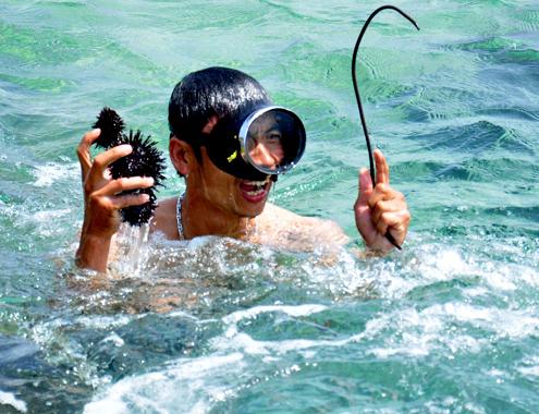 Kết quả hình ảnh cho Ngư dân lặn biển