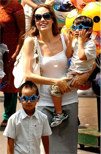 Pax Thiên: Từ em bé bất hạnh đến con của siêu sao số một thế giới - Ảnh 5.