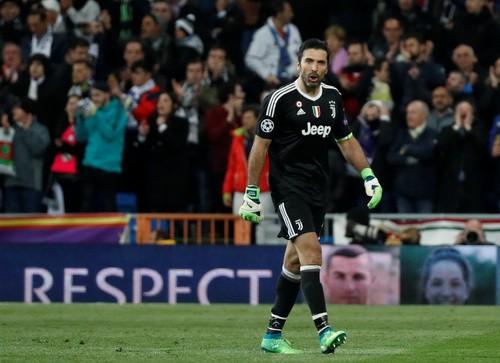 Nhận thẻ đỏ phút 90+4, Buffon gọi trọng tài là cầm thú - Ảnh 7.