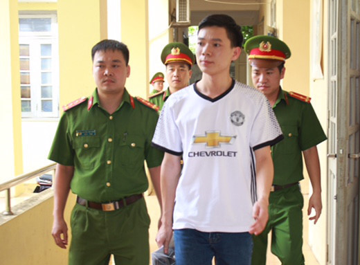 Vi sao bac si Hoang Cong Luong phai hau toa vu 8 nguoi tu vong? hinh anh 2