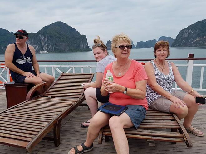 Lua ban tour cho khach Australia, Spring Travel bi phat 8 trieu dong hinh anh 1