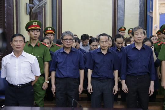 Bà Hứa Thị Phấn lãnh 30 năm tù - Ảnh 1.