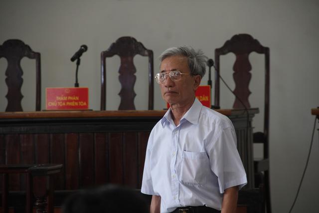 Nguyễn Khắc Thủy tại phiên tòa phúc thẩm.
