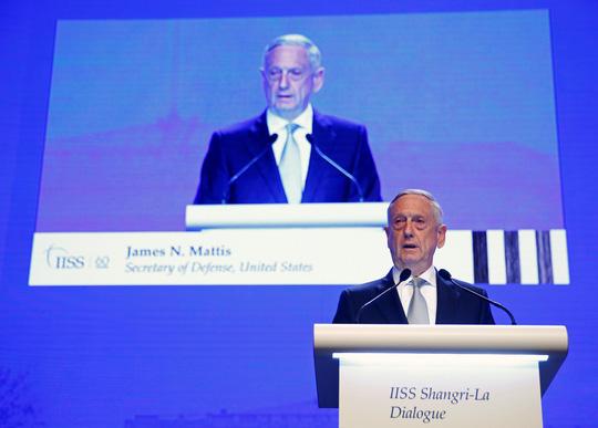 Đối thoại Shangri-La 2018: Mỹ chỉ trích Trung Quốc về biển Đông - Ảnh 1.