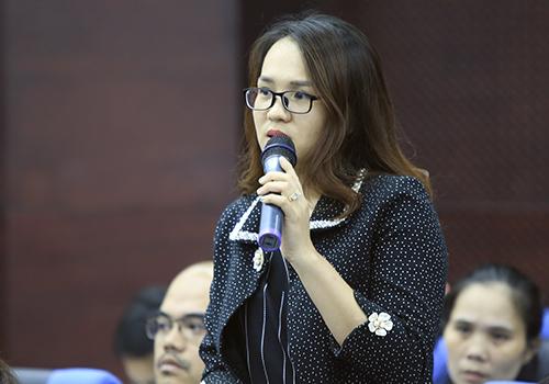 Học viên Đề án 922 nêu ý kiến với lãnh đạo thành phố. Ảnh: Nguyễn Đông.