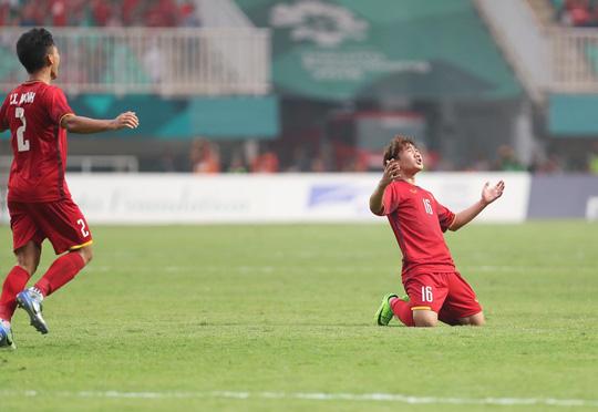 Olympic Việt Nam - Hàn Quốc 1-3: An ủi với siêu phẩm của Minh Vương - Ảnh 7.
