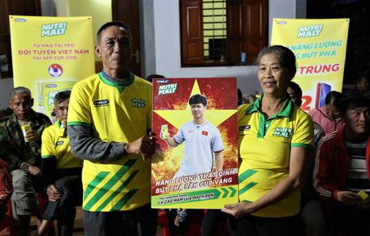 Hoà Malaysia 2-2, tuyển Việt Nam chờ trận chung kết lượt về - Ảnh 1.