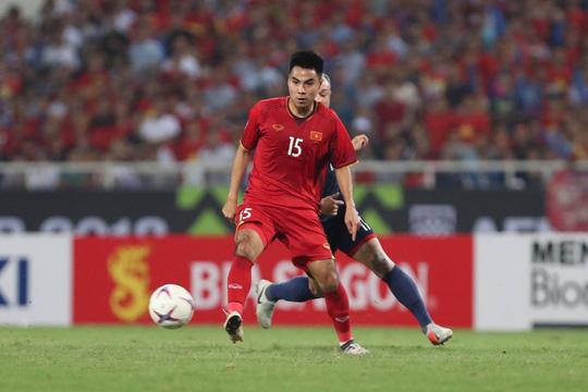 Hoà Malaysia 2-2, tuyển Việt Nam chờ trận chung kết lượt về - Ảnh 4.