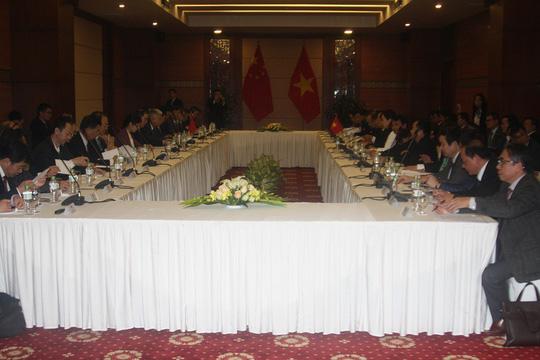 Đàm phán với Trung Quốc, Việt Nam bày tỏ quan ngại về diễn biến trên Biển Đông - Ảnh 1.