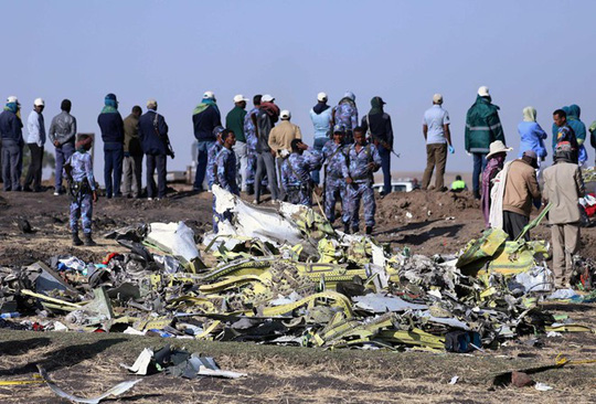 Máy bay Ethiopian Airlines quay đầu khi bay sát mặt đất - Ảnh 1.