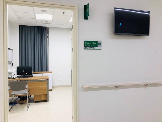 Hơn 100 y, bác sĩ được điều động về bệnh viện ngàn tỉ của Bộ Y tế - Ảnh 7.