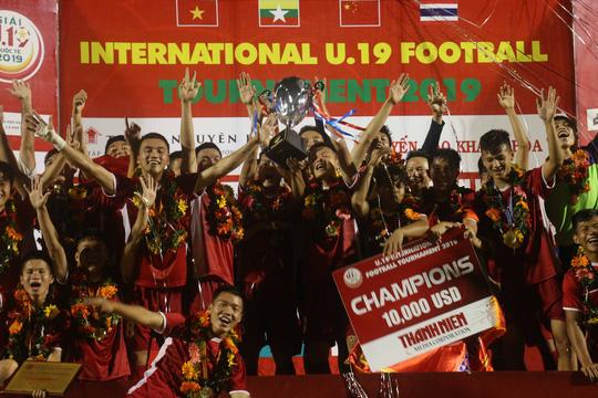 U19 Việt Nam bảo vệ cúp vô địch, tiếp tục gieo sầu cho bóng đá Thái Lan - Ảnh 3.