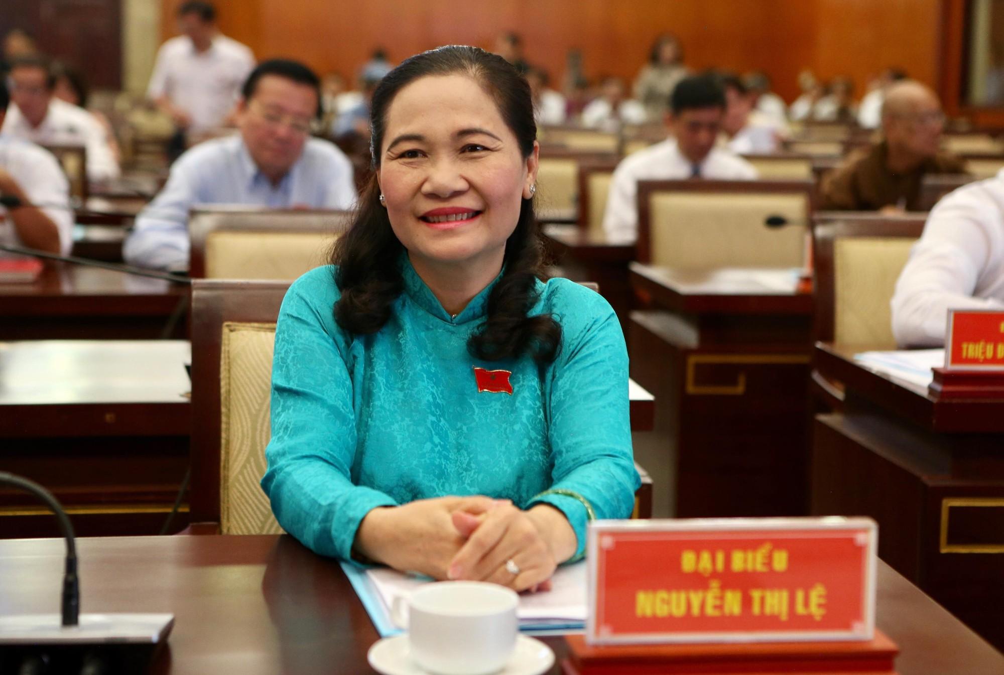 Bà Nguyễn Thị Lệ được bầu làm Chủ tịch HĐND TP HCM - Ảnh 2.