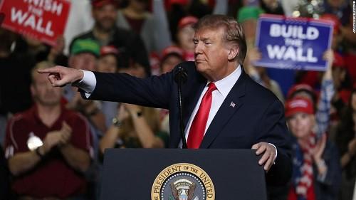 Chiến dịch tranh cử Mỹ: Vừa khởi động, cử tri ồ ạt rót tiền cho ông Donald Trump  - Ảnh 1.