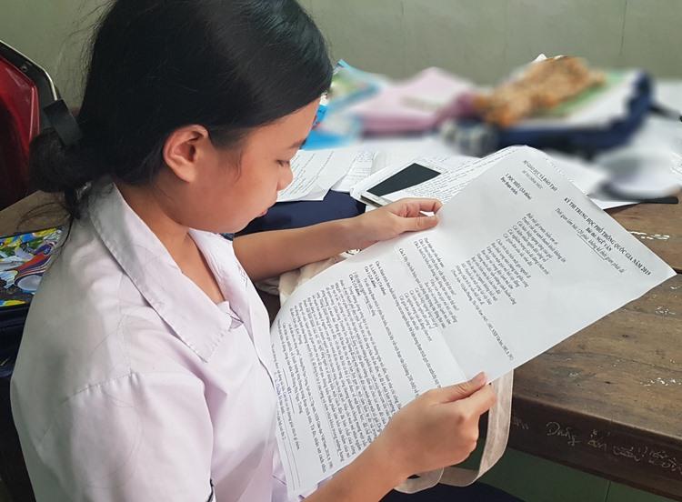 Ngân Giang sẽ được miễn học phí trong 4 năm học Đại học. Ảnh: Võ Thạnh