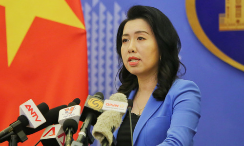 Người phát ngôn Lê Thị Thu Hằng trong cuộc họp báo chiều 12/9. Ảnh: Bộ Ngoại giao.