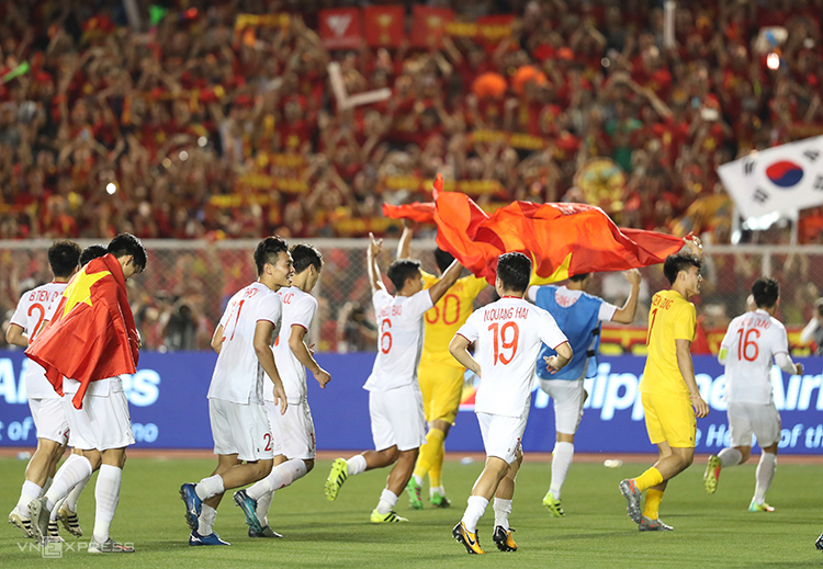 Bóng đá Việt Nam bây giờ không còn phải ngoái lại với nỗi niềm mang tên giấc mơ HC vàng SEA Games. Ảnh: Đức Đồng.