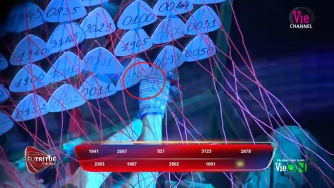 Trấn Thành bị tố 'nhắc bài', thiếu kiến thức trong show Siêu trí tuệ Việt Nam - ảnh 3