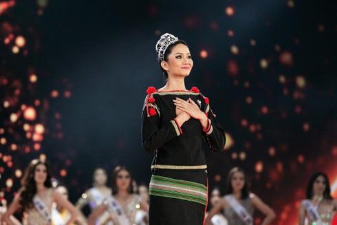 Nghệ sĩ nào giàu nhất  showbiz Việt 2019? - Ảnh 6.