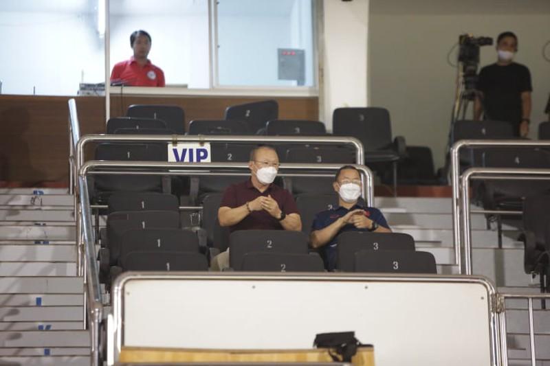 Ông Park lại 'thất nghiệp' khi hoãn trận làm khách Malaysia - ảnh 2