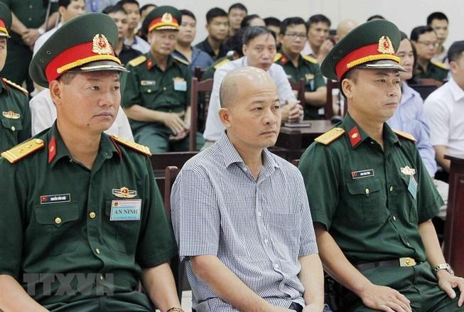Truy tố cựu thứ trưởng Bộ Quốc phòng Nguyễn Văn Hiến - ảnh 1