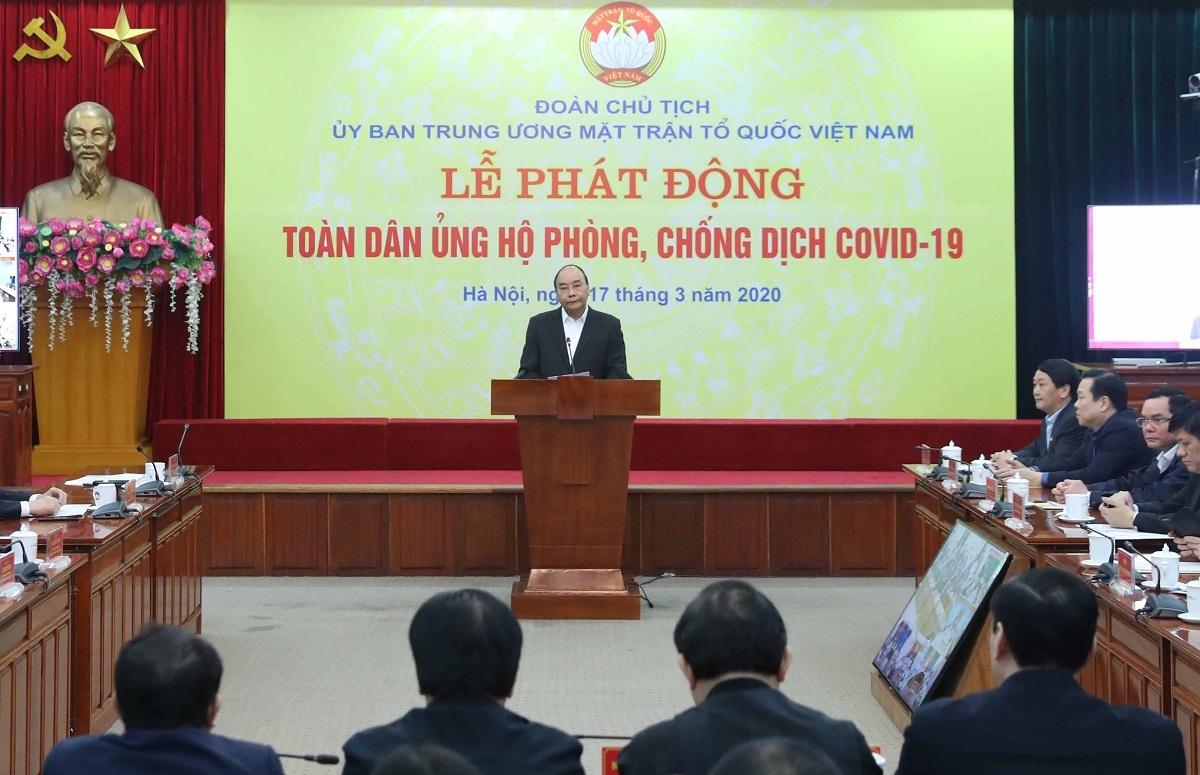 Thủ tướng Nguyễn Xuân Phúc phát động toàn dân ủng hộ công tác chống dịch Covid-19 và hạn, mặn tại miền Tây.