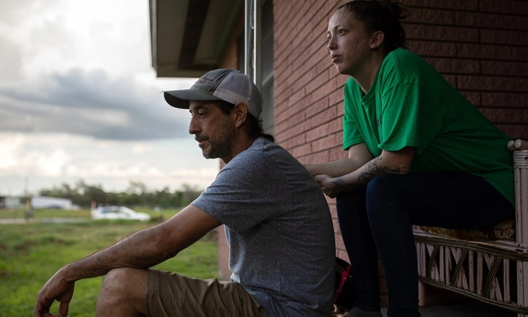 Mossbarger và chồng. Ảnh: NYTimes.