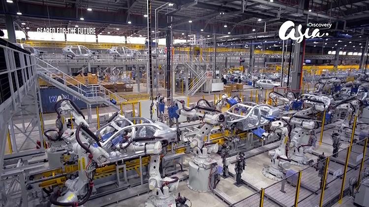 ]Nhà máy VinFast trong phim tài liệu của Discovery.
