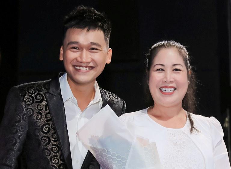 Thanh Loc che Nha Phuong va chuyen 'thuoc dang da tat' o showbiz Viet hinh anh 3 xn1_kidv.jpg
