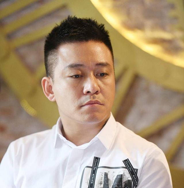 Cover bung no o nhac Viet: Ke thua hay 'ha mieng cho sung'? hinh anh 3 casituanhung_1_crop_15403738155161384510685.jpg