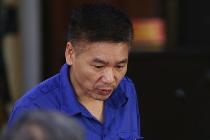 Cựu phó giám đốc Sở Giáo dục và Đào tạo Sơn La trong sáng 29/5. Ảnh: Phạm Dự