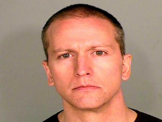 Cựu cảnh sát Derek Chauvin. Ảnh: CBS News