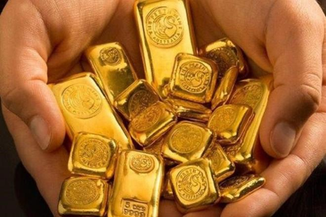 Vàng đắt chưa từng có, những ngày tới sẽ ra sao? - 1