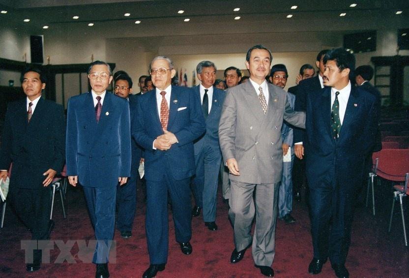 25 nam Viet Nam gia nhap ASEAN anh 4