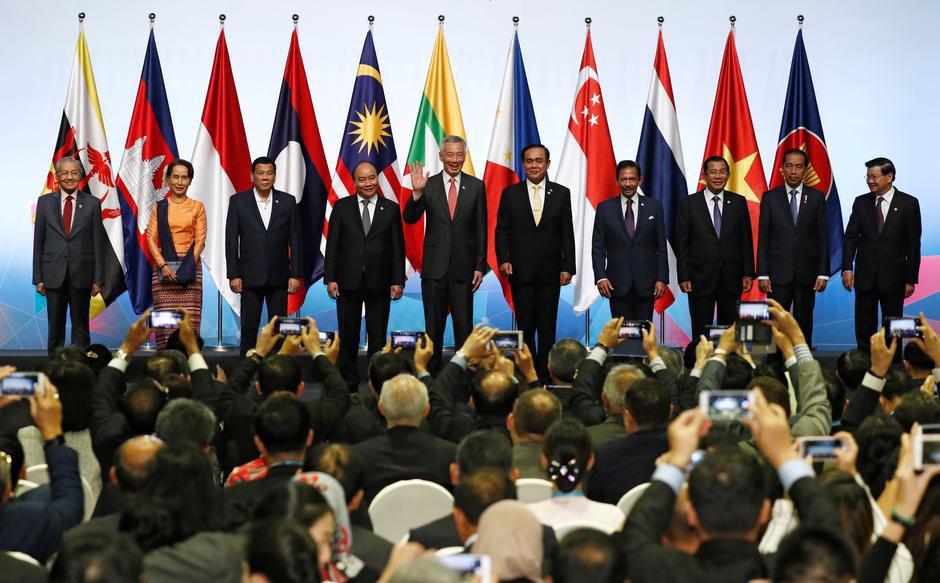 25 nam Viet Nam gia nhap ASEAN anh 6