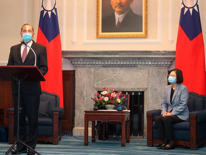 Bộ trưởng Y tế Mỹ thăm Đài Loan: Quan hệ Mỹ-Trung thêm nóng - ảnh 1