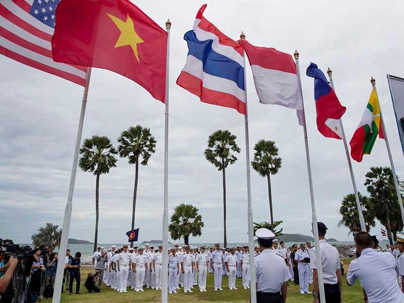 Biển Đông: Các nước không cần chọn phe Mỹ hay Trung Quốc - ảnh 3