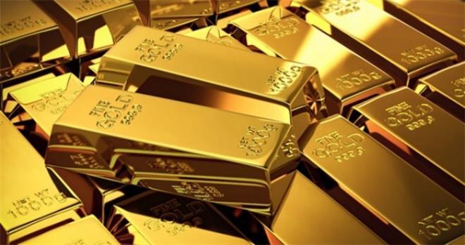 Giá vàng hôm nay 20/8: Nhà đầu tư chốt lời, vàng lao dốc không phanh  - 1