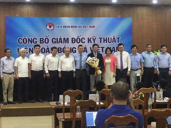 Ông thầy của các HLV bóng đá ra mắt tại Việt Nam  ảnh 2