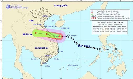 Trong sáng đến trưa nay, bão số 5 với cường độ cấp 7-8 sẽ đi vào các tỉnh từ Quảng Bình đến Quảng Nam  ảnh 2