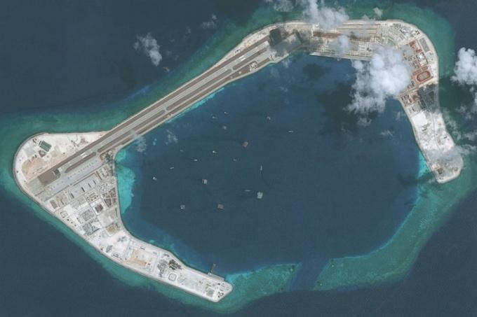 Đá Subi, một trong các đá Trung Quốc cải tạo phi pháp ở Biển Đông. Ảnh: ABC News.