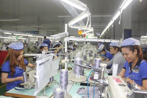 Bất chấp COVID-19, FDI vẫn 'chảy' vào Việt Nam: Điểm đến an toàn - ảnh 2