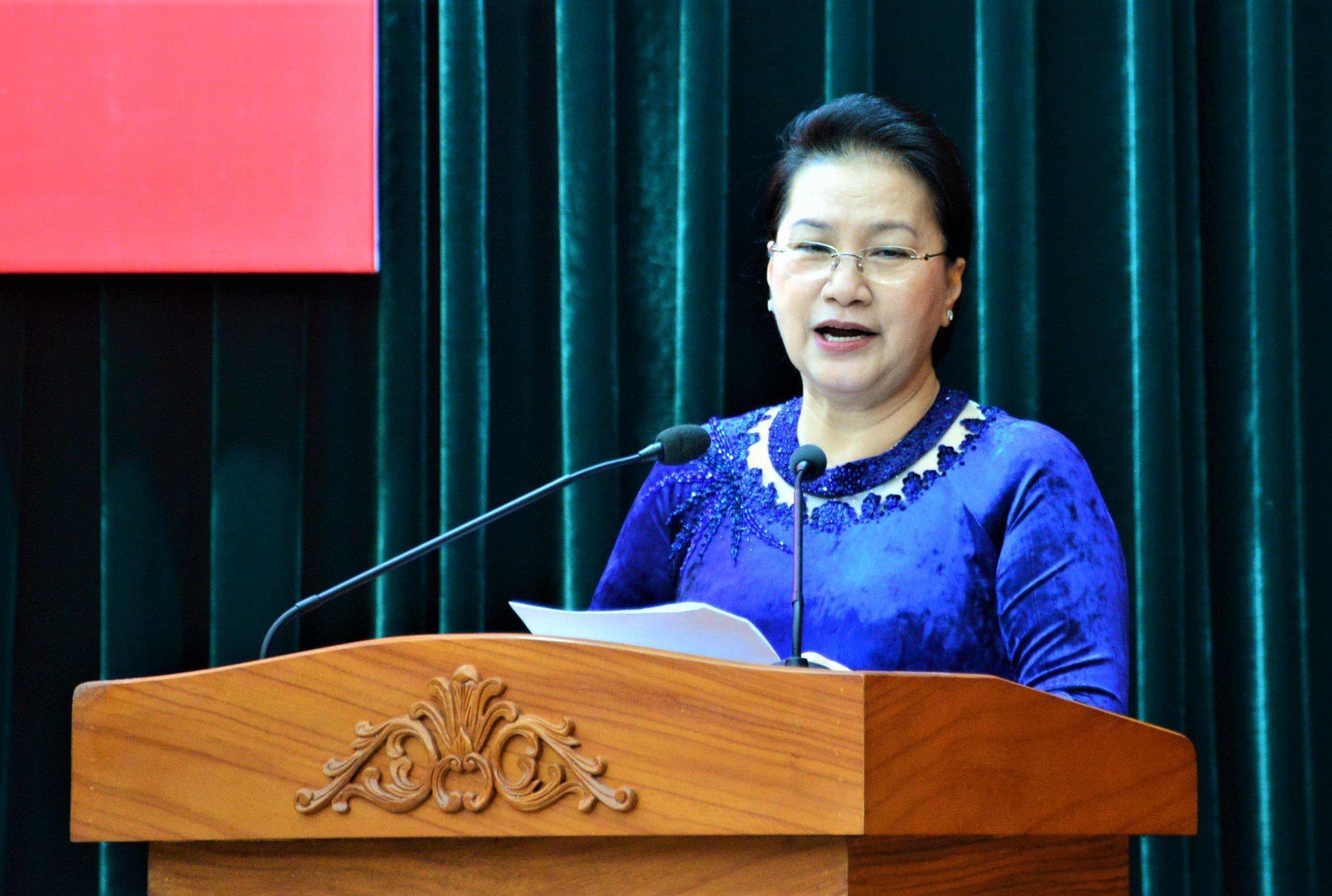 Bo Chinh tri phan cong ong Nguyen Van Nen ve TP.HCM anh 1
