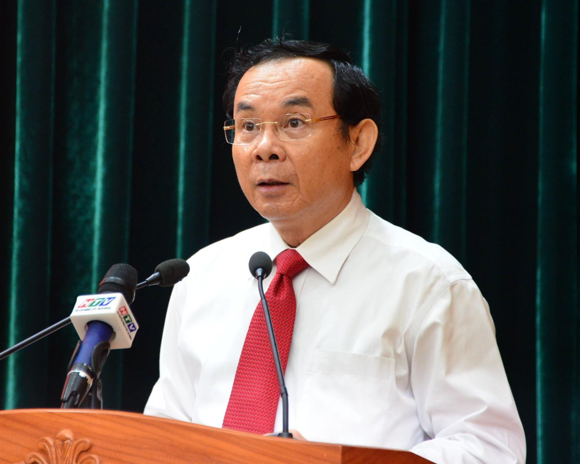 Bo Chinh tri phan cong ong Nguyen Van Nen ve TP.HCM anh 3