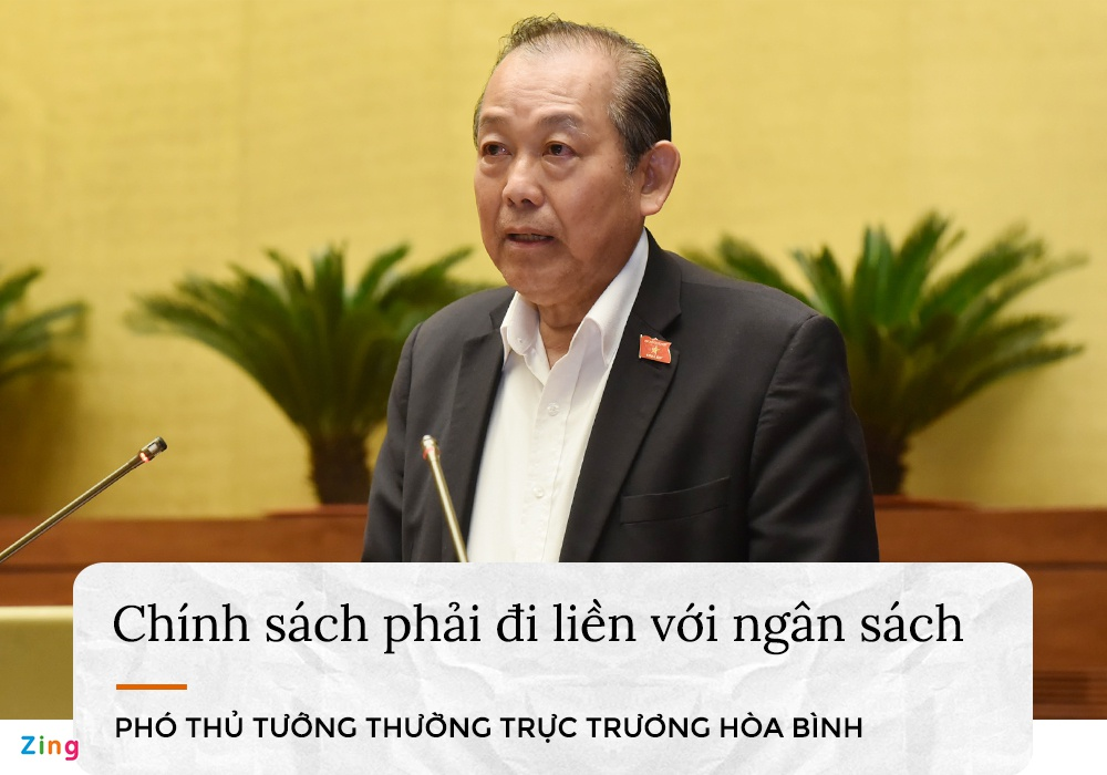 nhung phat ngon lam nong nghi truong Quoc hoi anh 2
